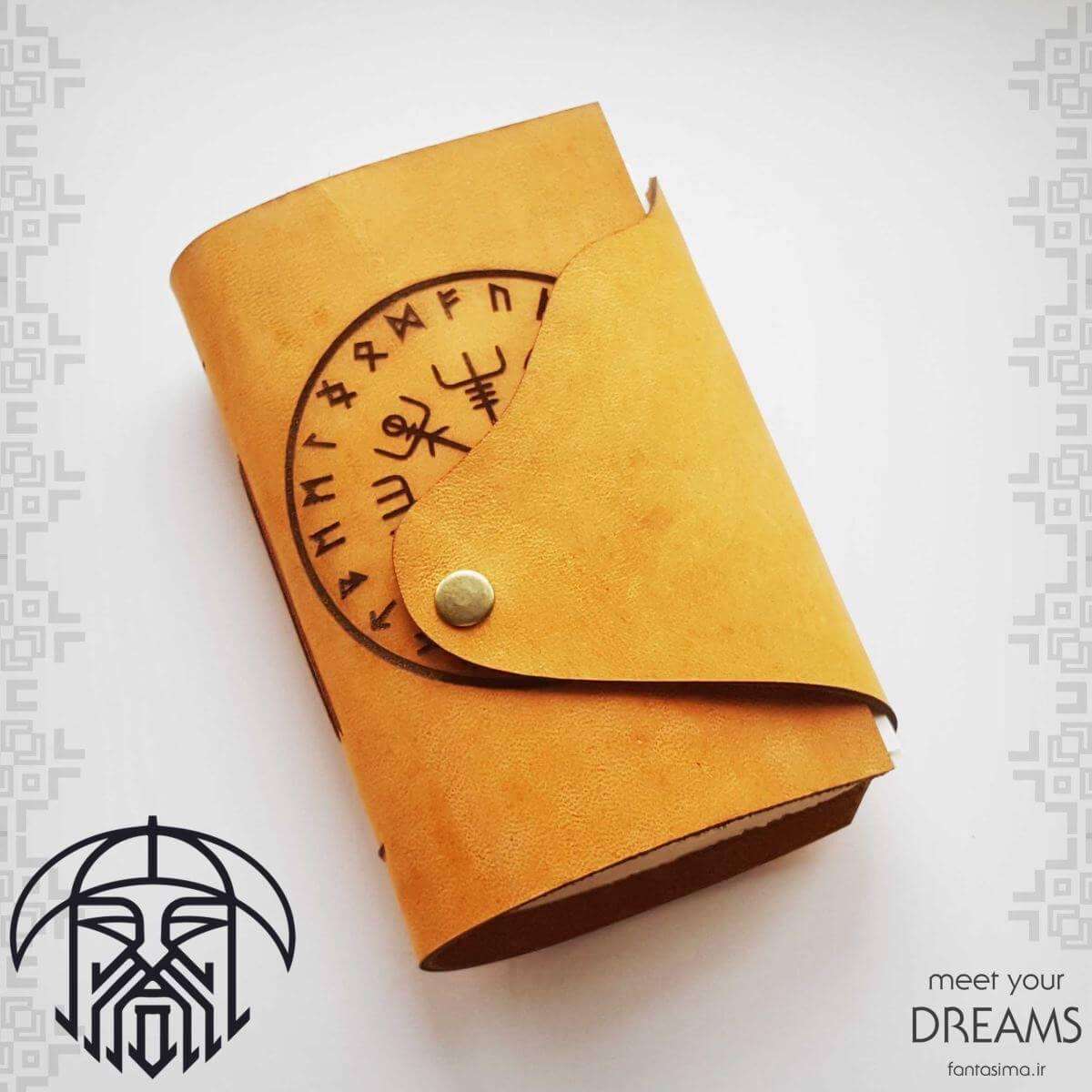 فانتزیآرت دفترچه چرمی گلدرستیفر